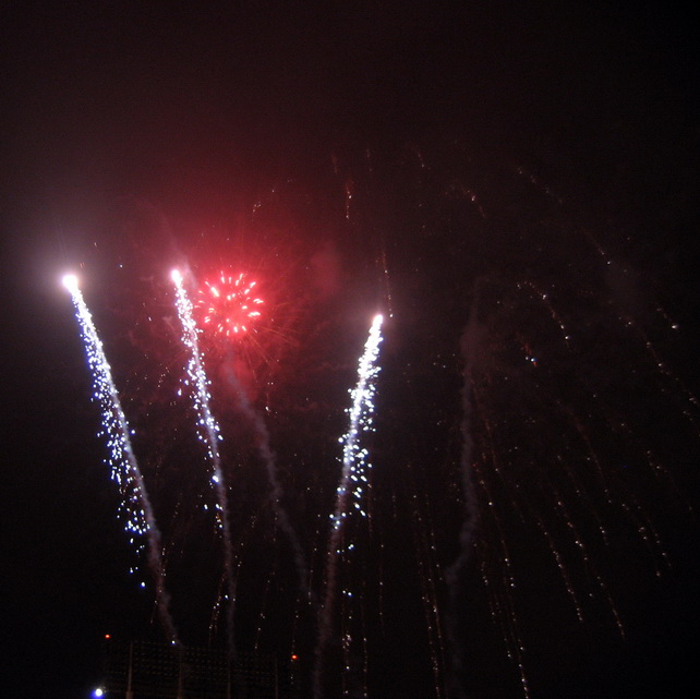 fireworks-2_resize